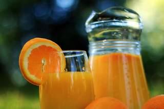 Fresh fruit juice centre
